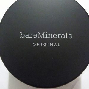 Below is an amazing collection of bareMinerals